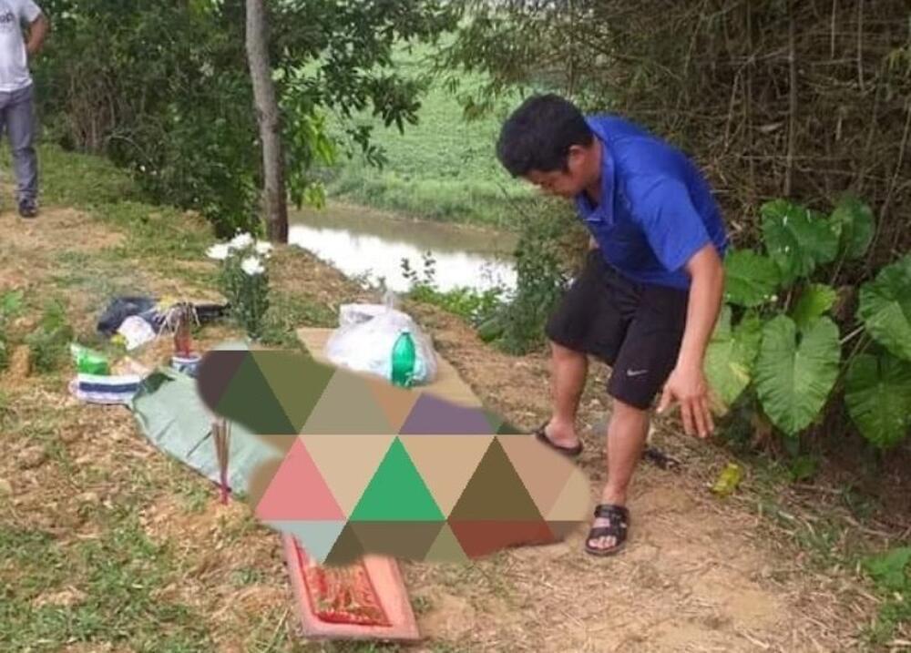 Hoảng hốt phát hiện thi thể bé sơ sinh trôi dạt bên sông Ngàn Sâu Ảnh 1