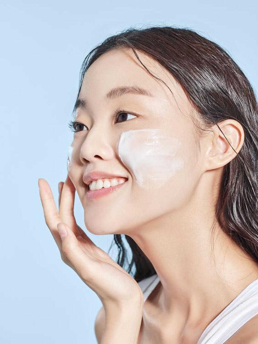 Bí quyết rửa mặt 10 phút để có làn da không tuổi của người Nhật Ảnh 3