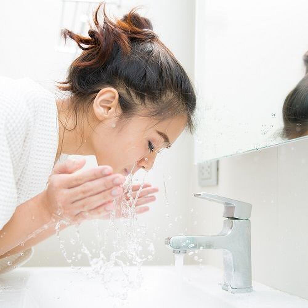 Bí quyết rửa mặt 10 phút để có làn da không tuổi của người Nhật Ảnh 4