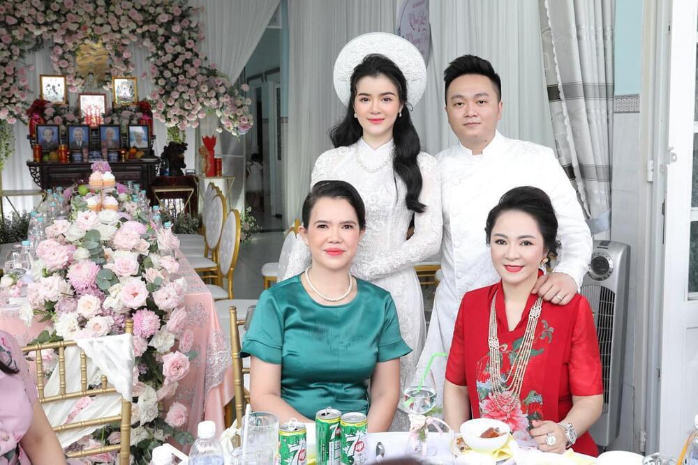 Lộ danh tính 'nàng dâu hào môn' của bà Nguyễn Phương Hằng, trang cá nhân biến mất sau lễ ăn hỏi Ảnh 1