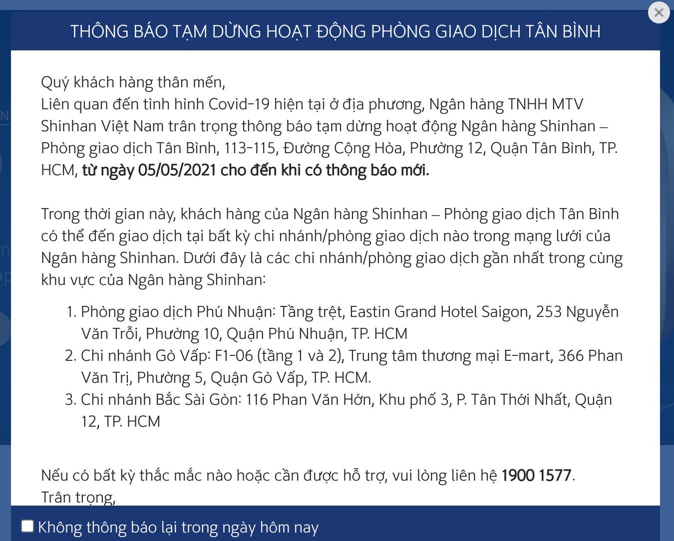 KHẨN: Những người từng đến ngân hàng Shinhan Tân Bình cần liên hệ ngay cơ quan y tế gần nhất - Ảnh 2.