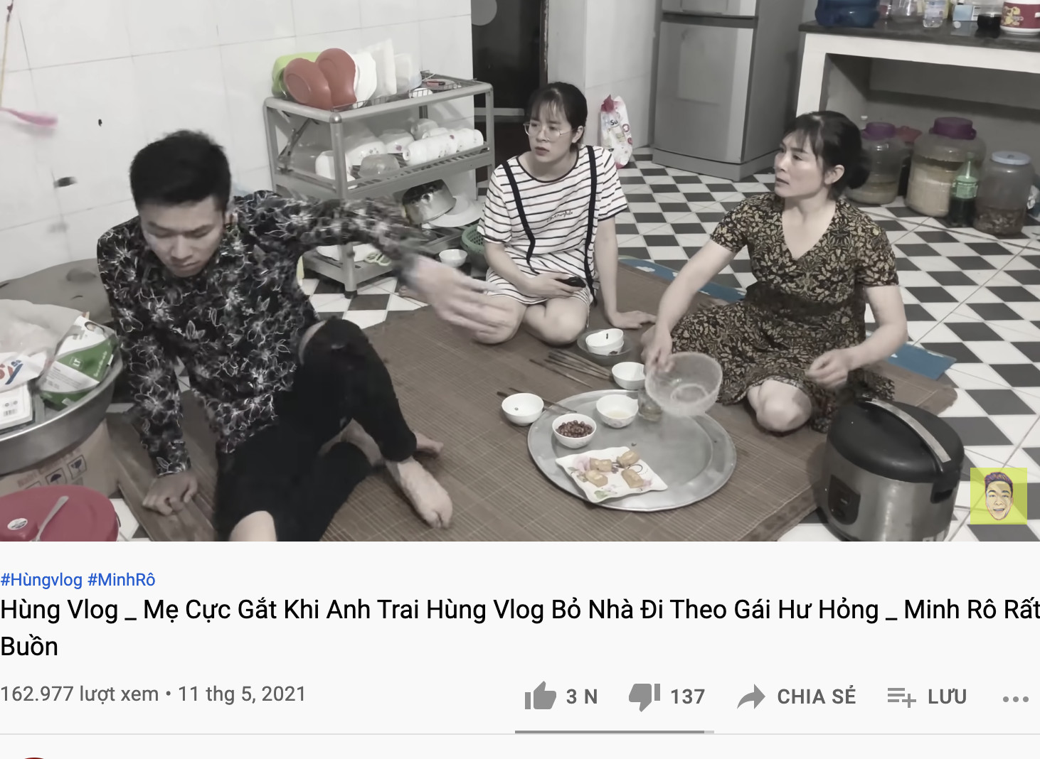 Drama cực căng ở quê bà Tân Vlog: Một thanh niên bỏ nhà đi theo bạn gái, hôm sau xuất hiện trong clip ăn chực - Ảnh 4.