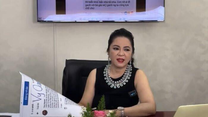 Sau khi chỉ trích vợ ông Dũng 'lò vôi', Facebook Vy Oanh bỗng dưng 'bay màu' khỏi 'cõi mạng' Ảnh 2
