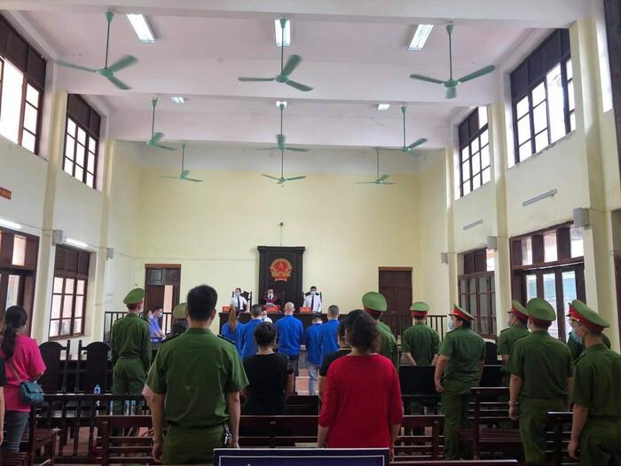 Giang hồ mạng Dũng 'trọc' Hà Đông vừa lĩnh án 42 tháng tù giam Ảnh 1