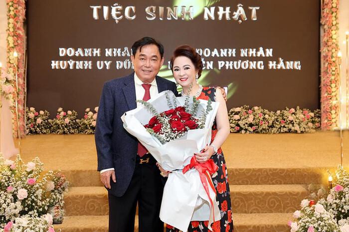 Hậu tuyên bố sẽ li hôn chồng, bà Phương Hằng 'lật kèo' tiết lộ: 'Có khi anh Dũng cưới tôi thêm lần nữa' Ảnh 2
