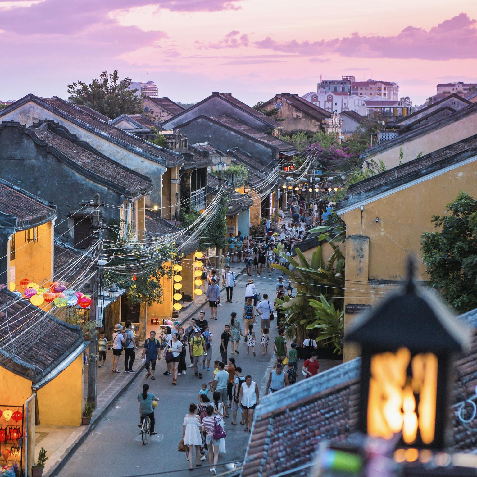 Ngành du lịch giữa COVID-19: Việt Nam đẩy nhanh tốc độ phục hồi bằng cách nào? - Ảnh 2.