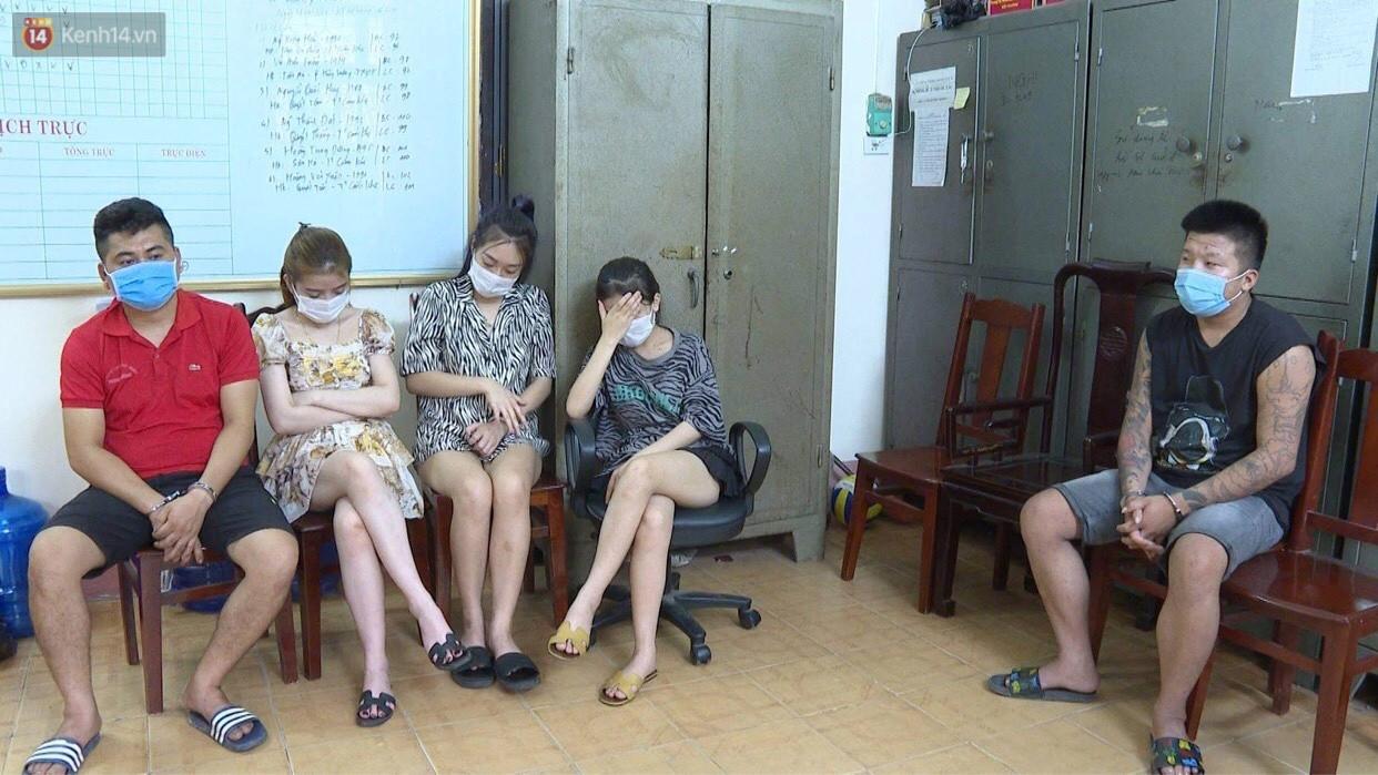 Bất chấp quy định phòng dịch, gần 40 nam nữ thanh niên mở tiệc ma túy bay lắc trong quán karaoke - Ảnh 3.