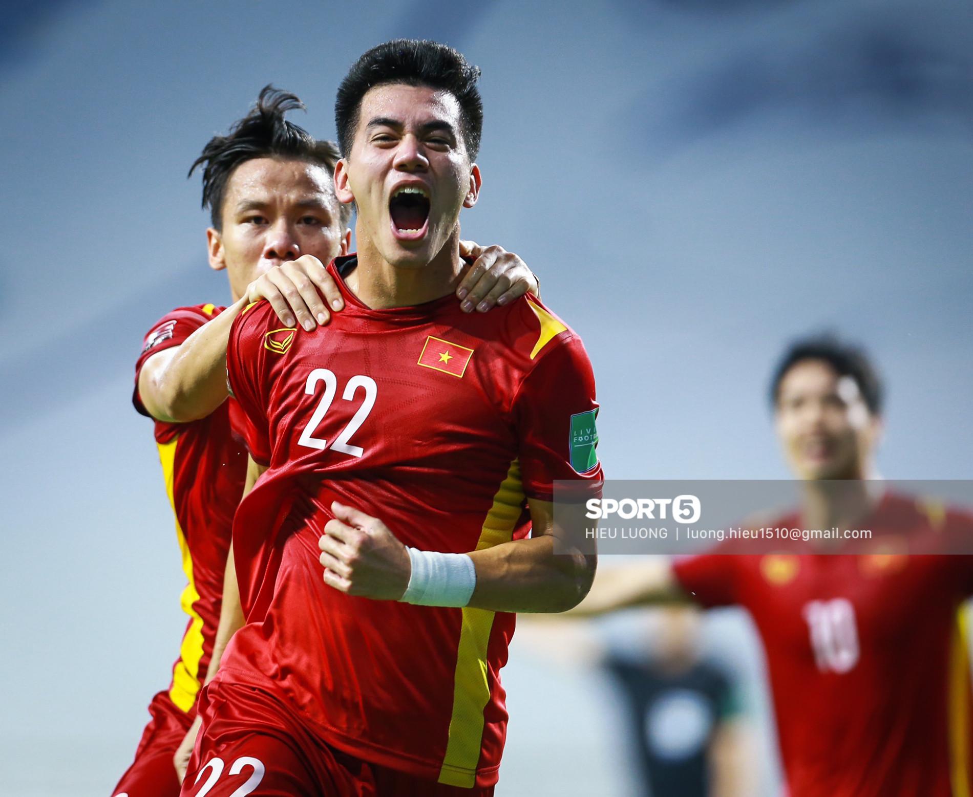 Đội tuyển Việt Nam trước trận đấu với UAE: