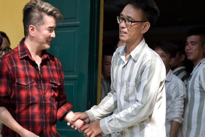 Đàm Vĩnh Hưng lần đầu lên tiếng về lùm xùm từ thiện của Hoài Linh: 'Mong mọi người bao dung hơn' Ảnh 3