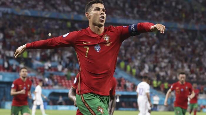 Ronaldo cân bằng kỷ lục 109 bàn của Daei, Bồ Đào Nha gặp Bỉ ở vòng 1/8 EURO 2020 Ảnh 2