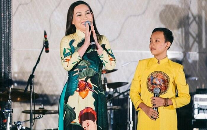 Độc quyền: Phía Phi Nhung lên tiếng phản hồi clip Hồ Văn Cường 'chui gầm sân khấu hát bè' Ảnh 6