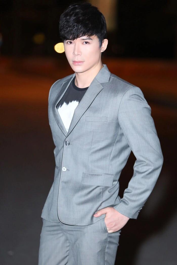 Nguyễn Văn Chung tiết lộ sẽ sáng tác bài hát mới cho Nathan Lee, Phi Nhung bất ngờ xuất hiện 'đòi bài'? Ảnh 3