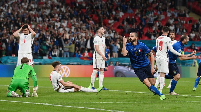 Sút penalty thảm họa, Anh dâng chức vô địch EURO 2020 cho Italia Ảnh 3