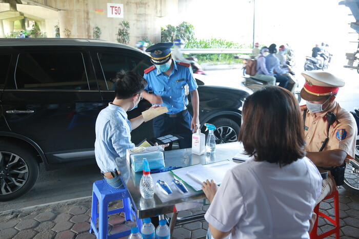 Tạm dừng xe khách từ 37 tỉnh, thành phố đến Hà Nội và ngược lại để phòng chống dịch Covid-19 Ảnh 1