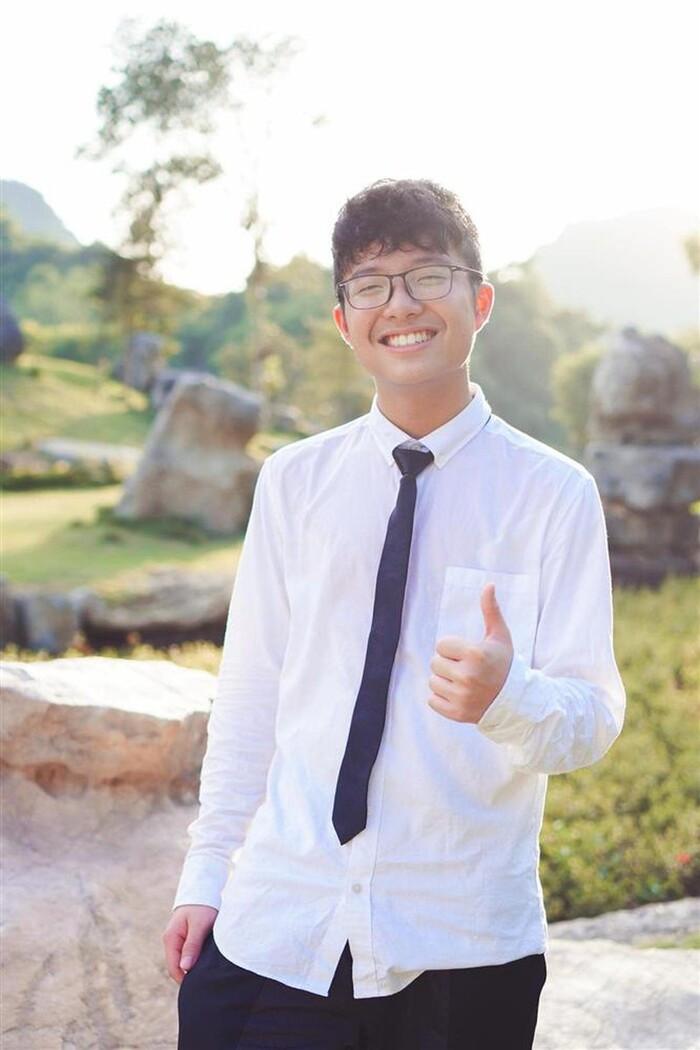 Con trai MC Thảo Vân ủng hộ mẹ đi bước nữa, vợ mới Công Lý bình luận điểm giống nhau của 2 bố con Ảnh 4