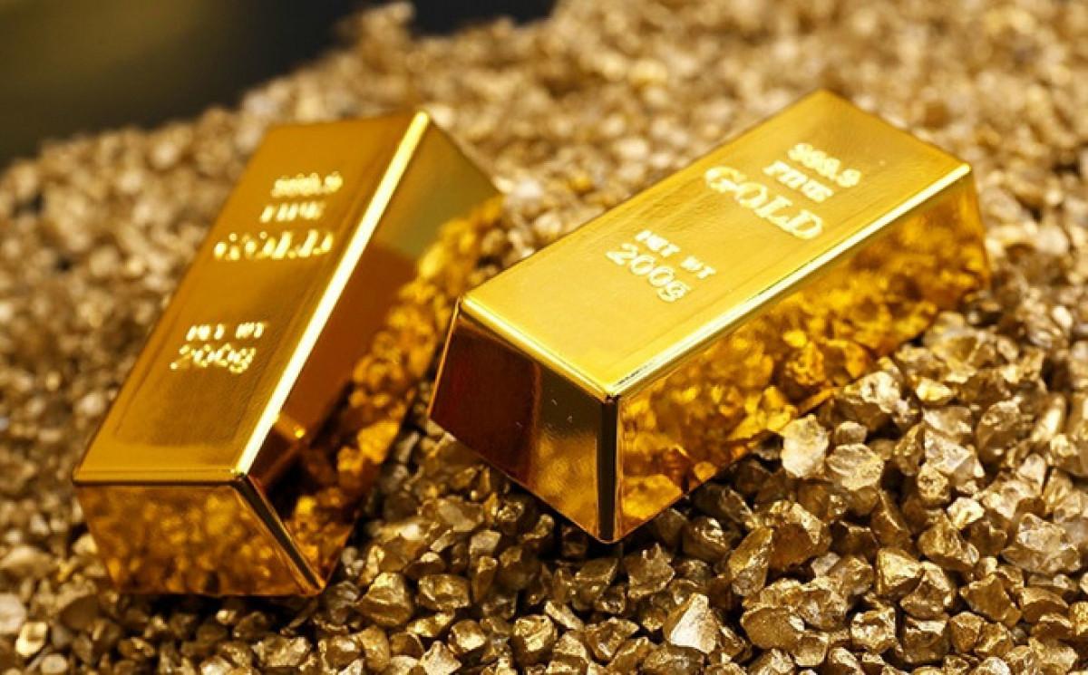 Giá vàng hôm nay 30/7: Fed giữ lãi suất thấp, vàng tăng vọt - Ảnh 1.