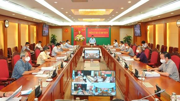 Ủy ban Kiểm tra Trung ương kỷ luật nhiều lãnh đạo TP Hà Nội - Ảnh 4.