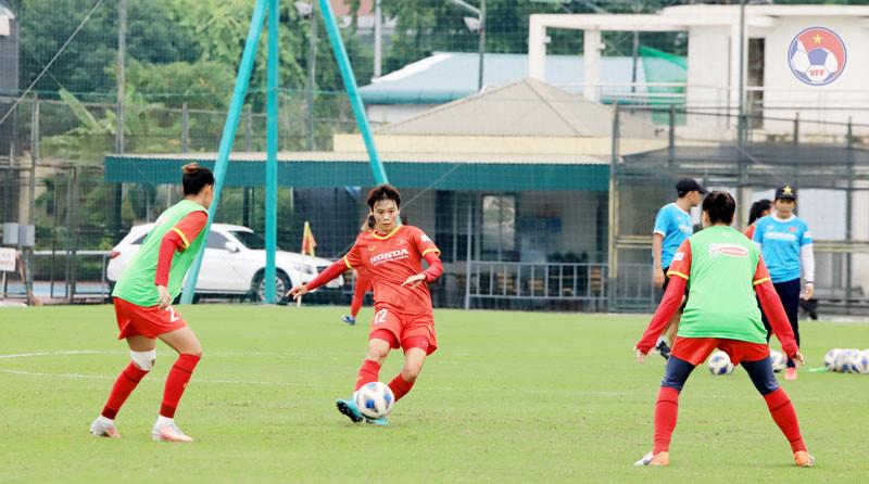 Tuyển nữ Việt Nam công bố danh sách 23 cầu thủ đi thi đấu tại Tajikistan - Ảnh 1.