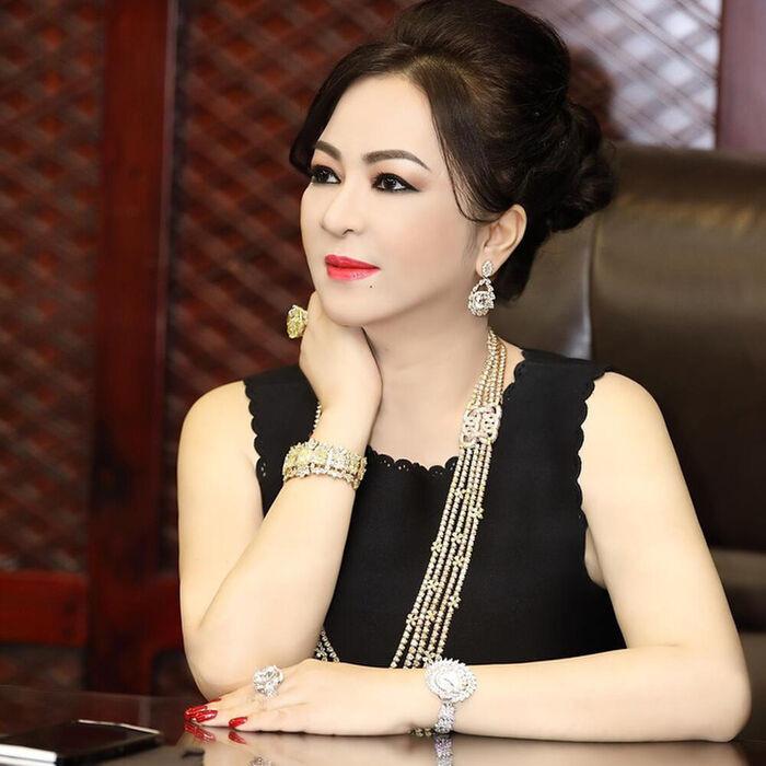 Lộ diện 'trùm cuối' trong danh sách 5 nghệ sĩ gửi đơn tố cáo bà Nguyễn Phương Hằng Ảnh 2