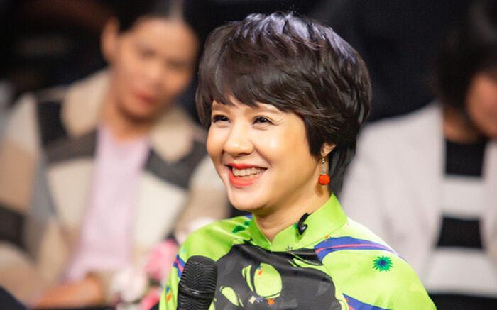Gia thế 'khủng' và cuộc sống hạnh phúc viên mãn của tân Giám đốc VFC - nhà báo Diễm Quỳnh Ảnh 2
