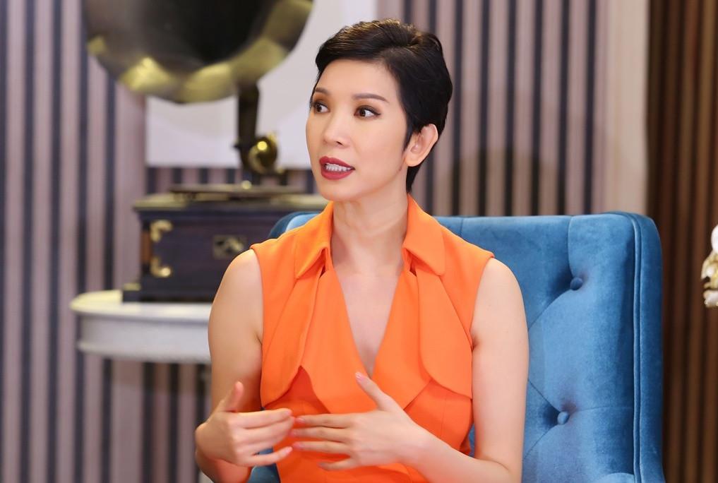 5 tháng Nathan Lee gây bão showbiz: Người bị dọa kiện, kẻ mất trắng loạt hit, Diva nhạc Việt bị réo không đủ tư cách - Ảnh 18.