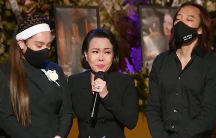 Việt Hương bật khóc nhắn nhủ con gái Phi Nhung: 'Cô xin lỗi, cô không thể làm tốt nhất có thể' Ảnh 1