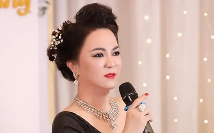 Bà Phương Hằng sẽ gửi đơn lên Bộ Công an kiện Trang Khàn vì hành vi 'tấn công' Hồ Văn Cường