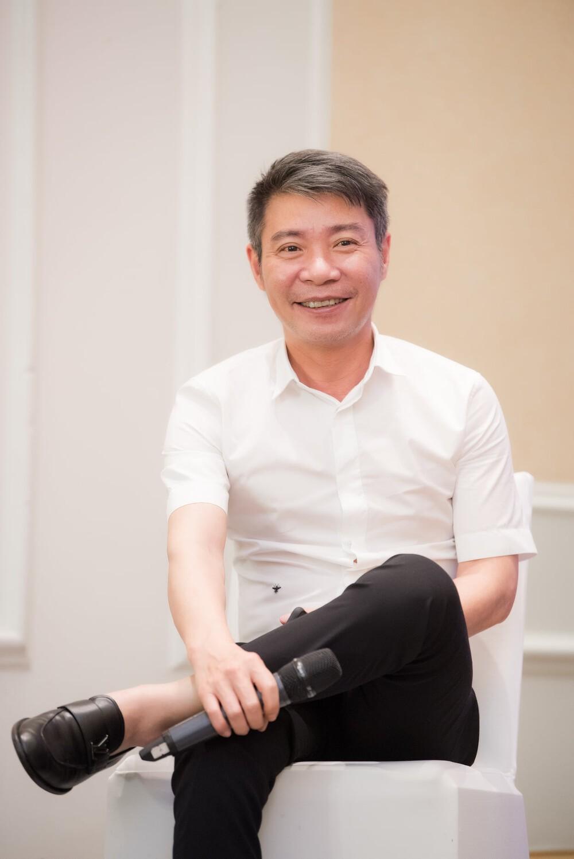5-dang-anh-cong-ly-hoi-dau-viet-anh-lien-bi-chinh-chu-mang-xoi-xa-1618557481.png
