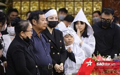 Bố mẹ Vân Quang Long tiếp tục 'ám chỉ' Linh Lan, lên tiếng về tiền phúng điếu lễ tang con trai ở Mỹ
