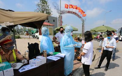 Bắc Ninh khẩn cấp tìm người đến 4 đám cưới và 4 quán ăn, trà chanh
