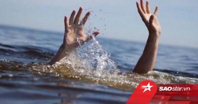 Nam Định: 18 học sinh rủ nhau đi chơi, 3 em bị nước cuốn mất tích