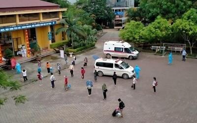 Lạng Sơn: Một nữ sinh dương tính SARS-CoV-2, 84 giáo viên và học sinh được đưa đi cách ly tập trung