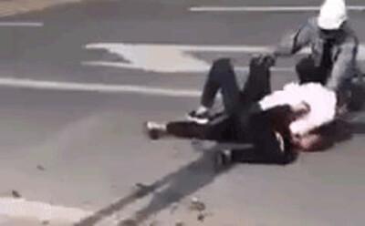 Tình trạng sức khoẻ của nam tài xế taxi bị đâm trọng thương vẫn vật lộn, khống chế tên cướp
