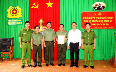 An Giang: Công an huyện Châu Phú và Công an thị xã Tân Châu có Trưởng công an mới