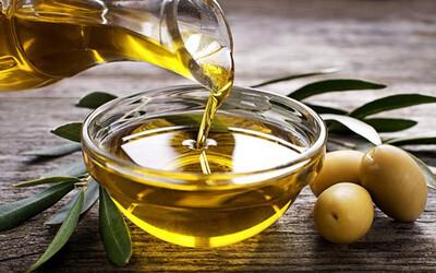 2 mối nguy hiểm khi dùng dầu thực vật sai cách, biến món ăn trở nên độc hại và là 'thủ phạm' gây bệnh ung thư