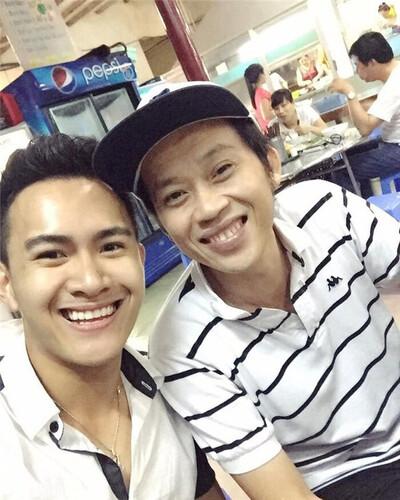 Giữa lùm xùm 'ngâm' gần 14 tỷ, con trai Hoài Linh đăng bài chia sẻ về gia đình đầy xúc động