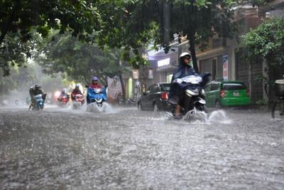 Dự báo thời tiết 8/6: Miền Bắc nhiều nơi mưa to, đề phòng lốc và sét