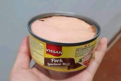 Dị vật giống ruồi trong hộp pate Vissan: Xuất hiện sau khi khách hàng mở nắp sản phẩm