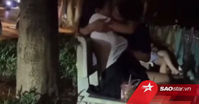 Thản nhiên ôm hôn, sờ soạng nhau nơi công cộng, cặp đôi khiến nhiều người nhức mắt