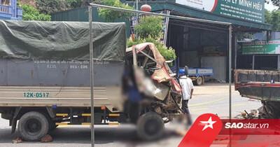 Đi ô tô, hai vợ chồng và con nhỏ bất ngờ đâm vào đuôi xe tải đang đỗ, khiến 1 người tử vong