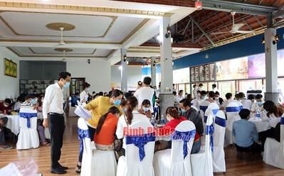 Hơn 100 người tụ tập tại một nhà hàng giữa mùa dịch COVID-19: Phạt hơn 300 triệu đồng