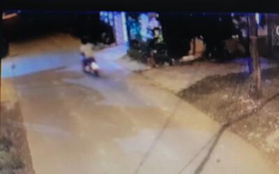 Truy tìm nam thanh niên chạy xe máy tông chết cụ bà đi xe đạp rồi bỏ trốn