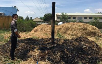 Tàn cuộc nhậu, 2 thanh niên rủ nhau đi đốt hàng loạt cây rơm trong làng