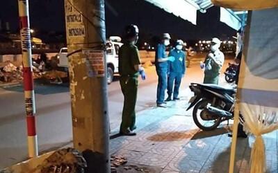 TP.HCM: Mâu thuẫn tình cảm, gã đàn ông đâm 2 người tử vong