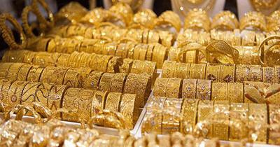 Giá vàng hôm nay 26/7: Duy trì đà giảm vì áp lực từ đồng USD