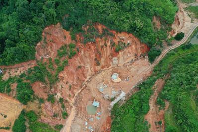 Lâm Đồng: Khai thác khoáng sản 'chui' ngang nhiên hoạt động
