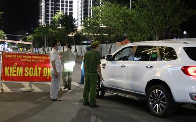 Đà Nẵng: Ra ngoài không được phép sẽ phạt đến 10 triệu đồng, không xét nghiệm SARS-CoV-2 phạt 3 triệu đồng