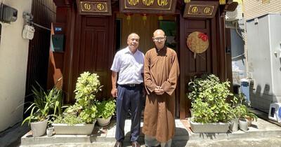 Vụ người Việt bị sát hại ở Osaka: Tổng lãnh sự Việt Nam đến thăm ngôi chùa nhận lo hậu sự cho nạn nhân
