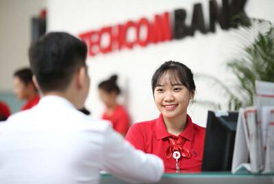 Tiềm ẩn rủi ro bên trong kinh doanh hoàn hảo của Techcombank