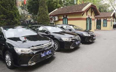 Ô tô công đang bán với giá rẻ giật mình, chỉ từ 7 triệu đồng